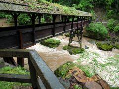 Brug over de Prüm in de Zuid Eifel