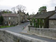 Dales Way: dorpje Burnsall onderweg