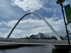 hadrians-wall, Millenium Bridge in Newcastle
